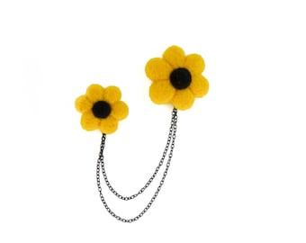 Double flowers brooch, Needle felted flower pin, Yellow flower pin, Chain brooch, Dangle brooch, Summer brooch, Black eyed susan flower pin