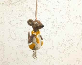 Needle felt mouse ornament, Christmas tree decor, Gift idea for the sportsman,  Fans of figure skating,  Felted animal, Mouse miniature