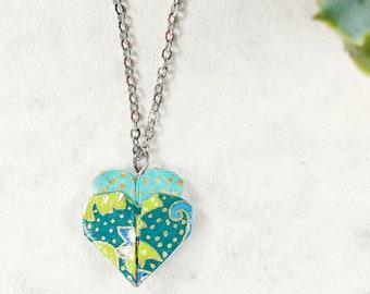 Collier vert et bleu | Pendentif en coeur | Bijou en origami |  Origami par Ökibo