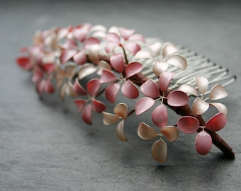 Rose Quartz: Haircomb with flowers, vintage rose, light pink, bridal comb, floral hair accessory, wedding, flower