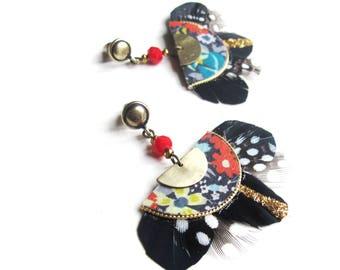 Gilda - Boucles d'oreilles bohème romantique d'inspiration art déco à plumes noires, noir pailleté