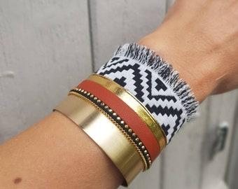 Ethnic chic bohemian bracelet cuff metal, leather, chain, black zebra fabric, white, green