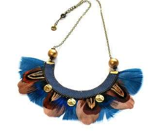 Tae - Collier plastron plumes ethnique, bleu, marron, beige