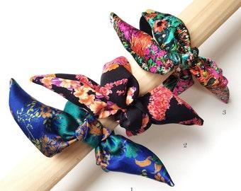 Anita - Bracelet noeud en soie imprimée