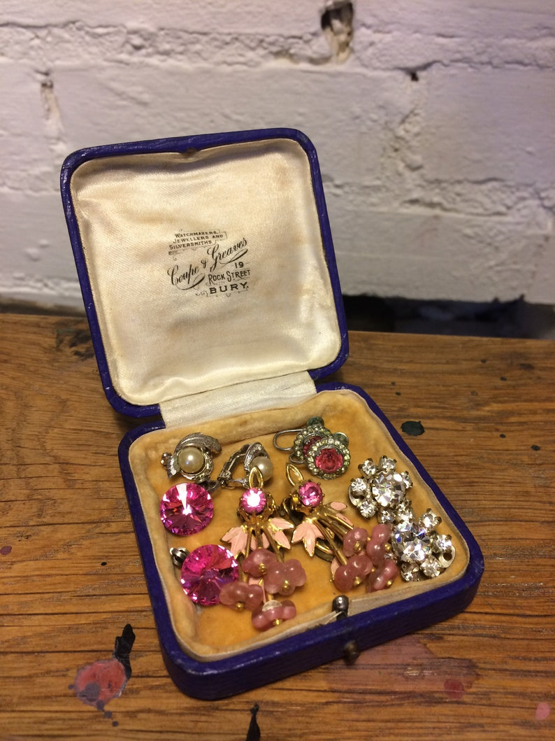 Small Antique Display  Jewellery Box Filled With Paste Stone Clip On Earrings