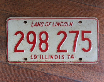 Vintage License Plate - White and Red Illinois 1974 - Land of Lincoln