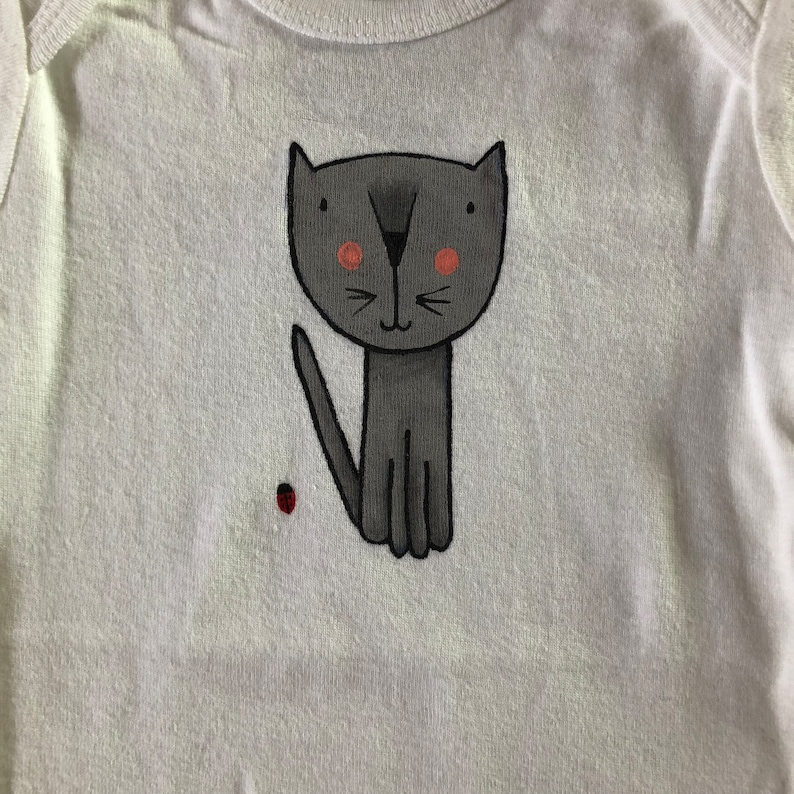 100/% cotton white Onesie Size Baby Hand Painted Kitten with Ladybug Short Sleeve Onesie 12 month old