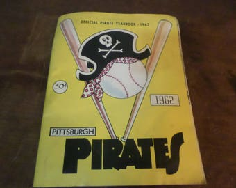 Vintage 1962 Pittsburgh Pirates Baseball Yearbook Complete Roberto Clements More Photos Stats MLB TC