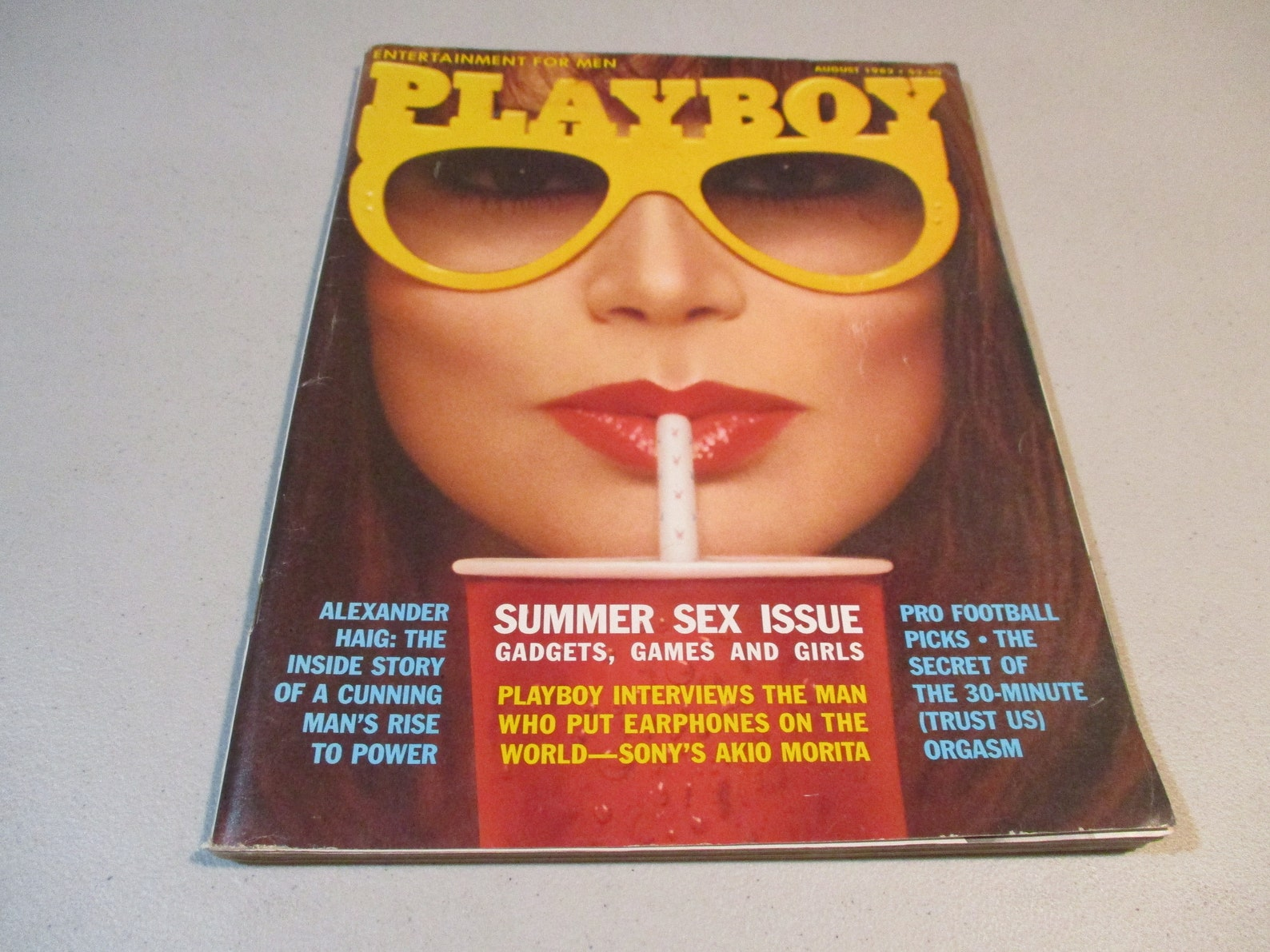 PLAYBOY AUGUST 1982 Vicky McCarty Cathy St. George Akio