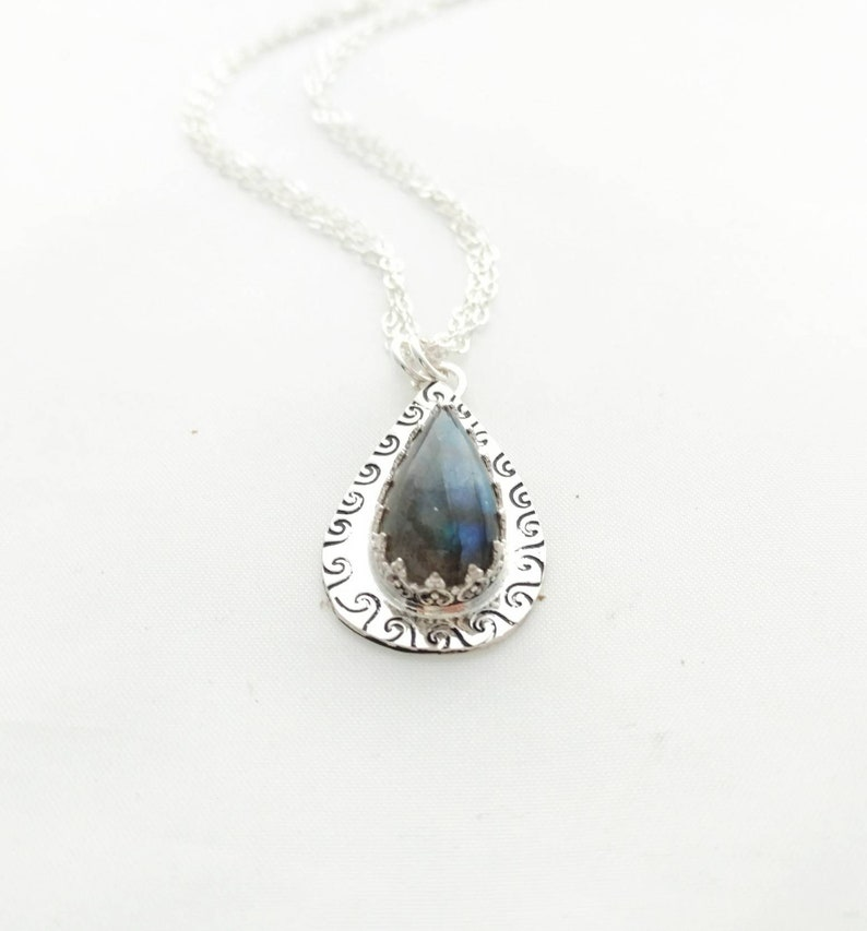 Labradorite and Sterling Silver Pendant Necklace image 0