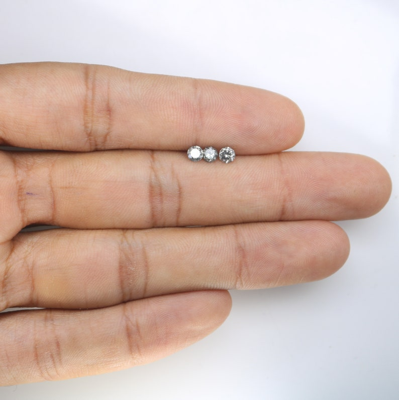 3.80 MM Salt and Pepper Round Brilliant Cut Polished Diamond For Wedding Ring JK15113