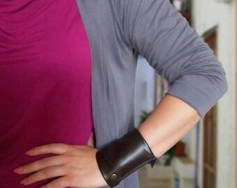 Women's leather Wallet, Wrist cuff wallet, Black wide cuff
