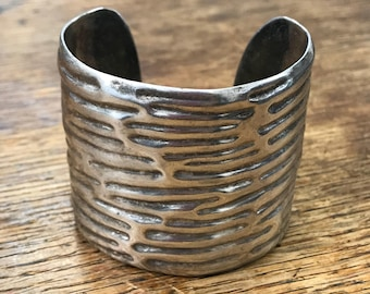Taxco Mexico TN-01 Ribbed Cuff Sterling Silver Bracelet