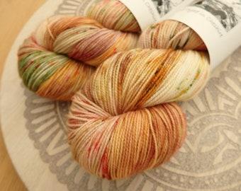 Apple Crisp -Hand Dyed Yarn - Sock/Fingering Weight Yarn. Speckled Autumn Sock Yarn, Hand Dyed Yarn UK, Autumn Varigated Sock Yarn