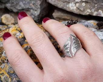 Plume ring, handmade jewellery, feather ring, designer sterling silver ring, adjustable statement ring, gift for her, Christmas present