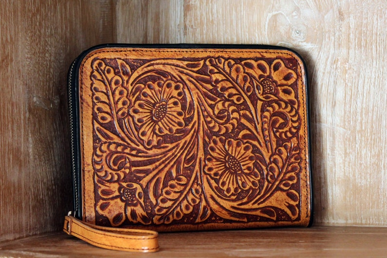 2d394577529d HAND TOOLED WALLET, Handtooled Leather Clutch, Hawaiian Leather Purse,  Celtic Cat, Tooled Cat Purse, Tooled Leather Wallet, Passport Wallet