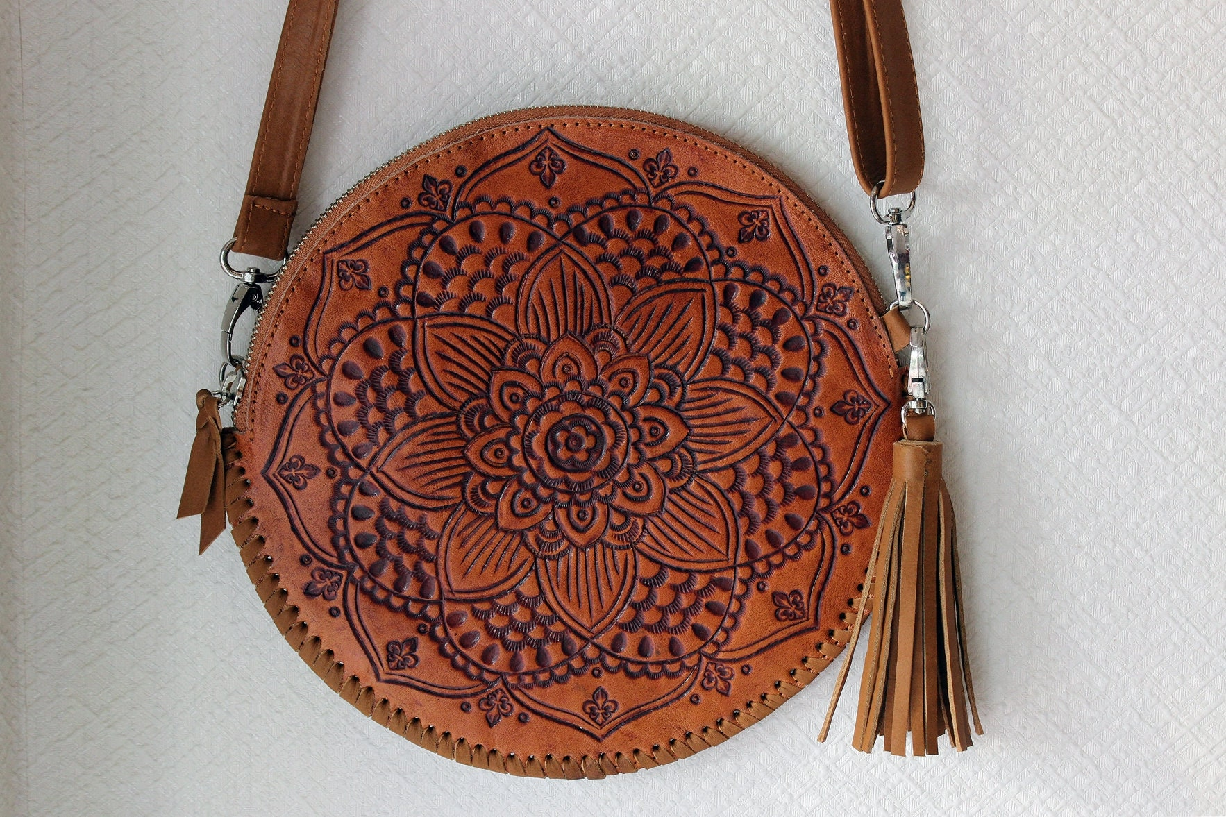 Hand Purse Shoulder Bag Crossbody Bag Handmade Brown Leather Round Purse Round clutch Anesis Circle Bag Real Leather Women Purse
