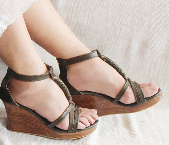 OLIVE VINTAGE PLATFORM Shoes Leather Sandals in Olive Platform Heels Feminine Womens Wedges in Soft Leather. 9 Colors Jennifer.