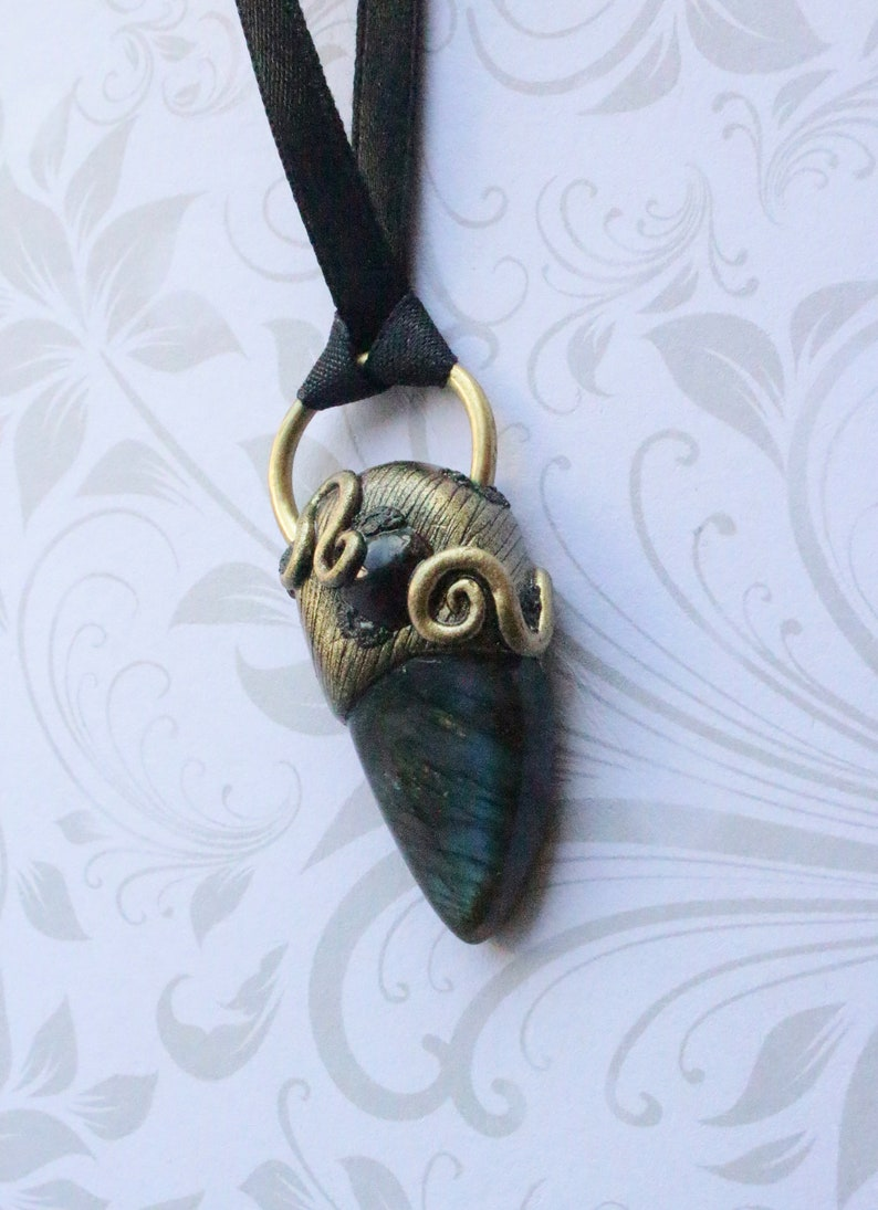 Pendant Necklace Labradorite and Garnet with Brass Ring