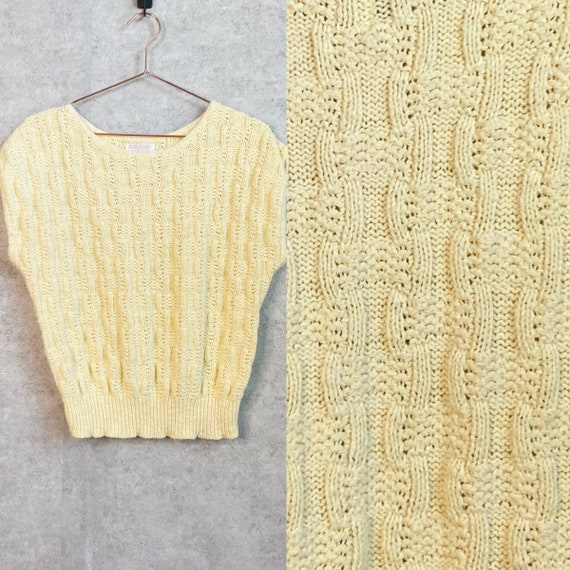 Vintage 1960s Pastel Yellow Pullover Crochet Knit