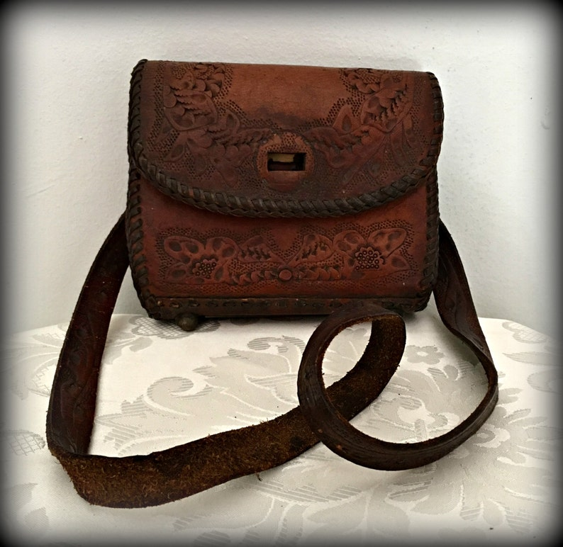 Hand tooled leather purse Mexican leather bag Leather  5170ad7fcaf03