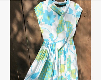 1960s Fit and Flare Springtime Dress