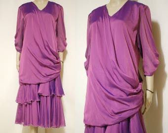 80 s grec mauve drapée robe couches Vintage clapet robe de soirée porter mi  longueur Semi Sheer volants Retro Dress VTG 1980 taille s-m ab405a9c3d1