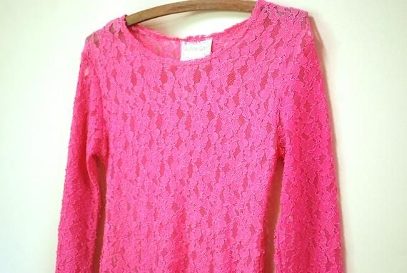 90s Hot Pink Lace Long Length T Shirt, Vintage Sh… - image 2