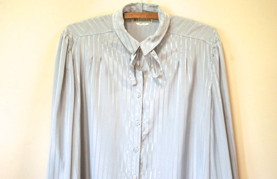 80s Grey Striped Pussy Bow Blouse, Vintage Long S… - image 2