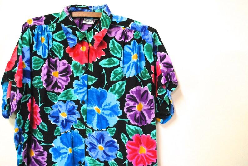 4d77fb9af03 Black Floral Shirt Vintage Women s 80s Hipster Blouse