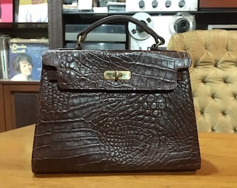 878d2792c4b MULBERRY England Croc-Embossed Kelly Bag. Dark brown. Rare vintage