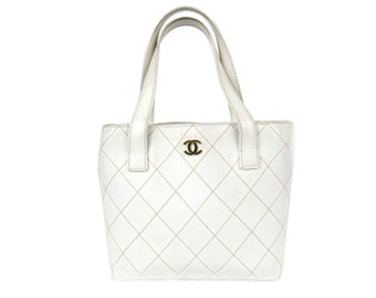 af910d919a7e CHANEL - final sale from 550 - Vintage white wild stitch Quilted Leather  Tote Bag. Gold Hardware GHW
