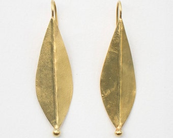 Golden Willow Leaf Earrings, 9 x 42 mm