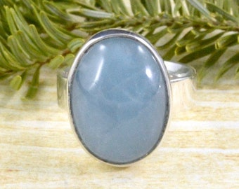 Calm Blue Aquamarine Ring // Aquamarine Jewelry // Sterling Silver // Village Silversmith