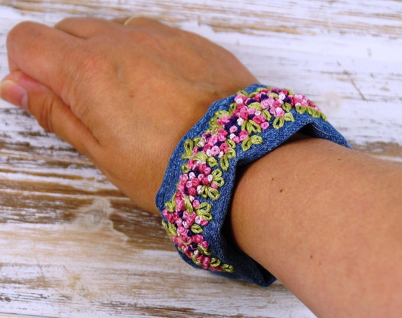 Romantic Friendship Bracelet with Embroidery image 0