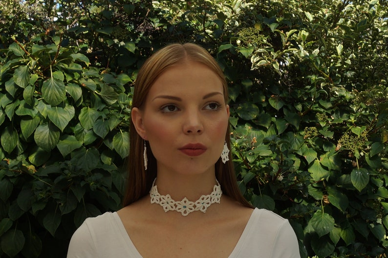 white jewellery set as bridal jewellery gift for teenagers image 0