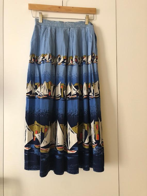 Beautiful 1950s printed skirt