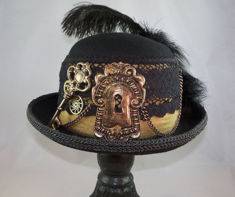 Steampunk derby hat with key and keyhole centerpiece  137d4c05917