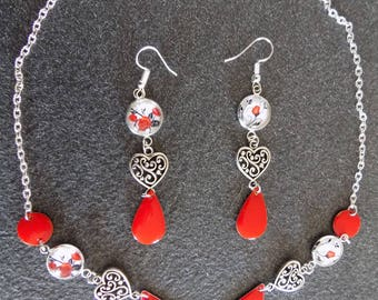 Set necklace earrings hearts and roses