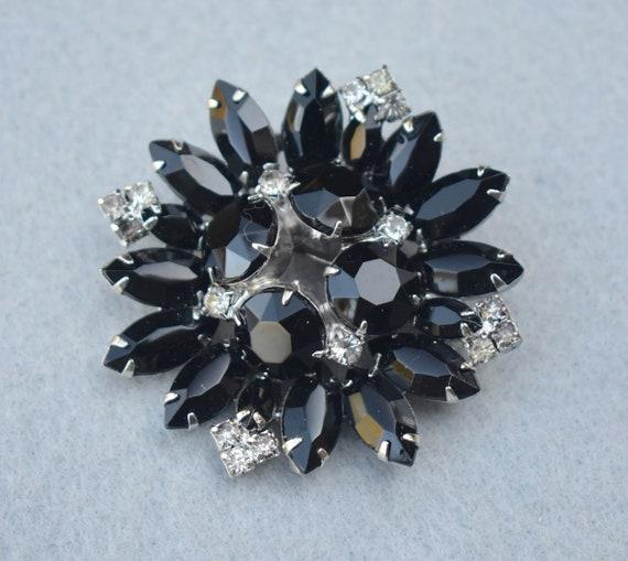 Rhinestone Leaf Brooch  Black japanned Enameling  Clear crystal   Mid Century  domed Pin
