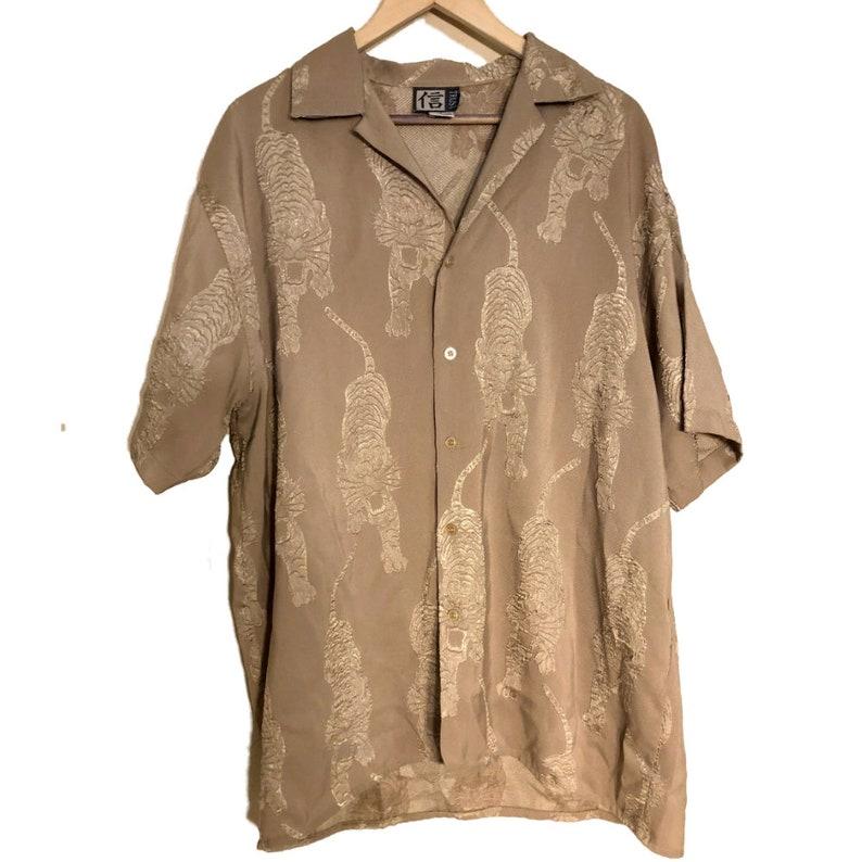 Vtg Trust Mens Sz L Chinese Asian Tigers Button Down Camp Shirt