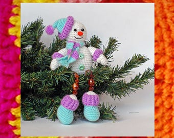 Amigurumi Pattern. Christmas Crochet Happy Snowman. Beaded toy Souvenir toy. Easy to do snowman. Crochet pattern. New Year knitting idea