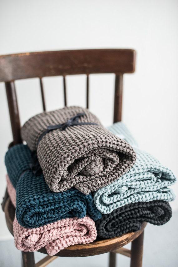 gro e waffel taupe leinen handtuch badetuch leinen leinen. Black Bedroom Furniture Sets. Home Design Ideas