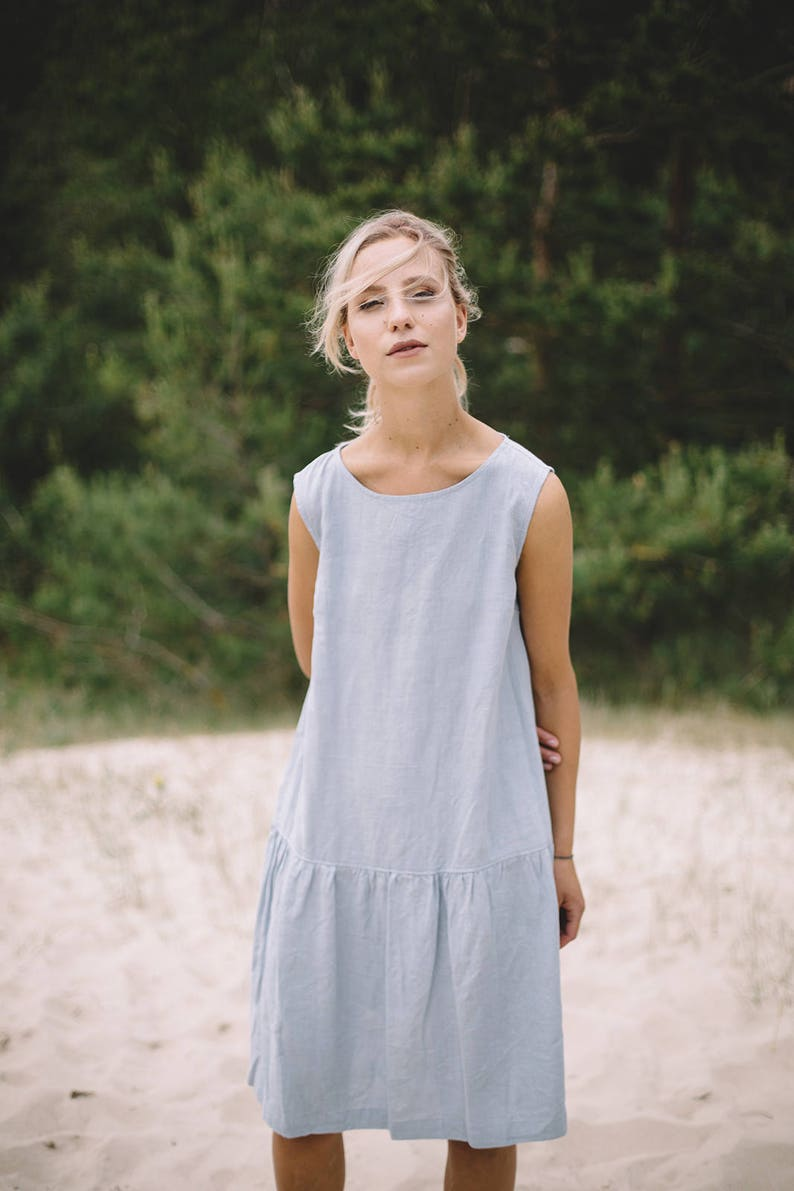 Simple linen dress from Linen Fox - come explore classic interiors and pretty classic pieces for your wardrobe.