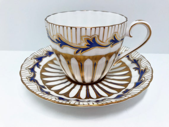 Royal Chelsea Teacup and Saucer, Wedgwood Teacup, Hand Painted Teacup, Navy Gold Teacup, Antique Tea Cups Vintage, Antique Teacups Vintage