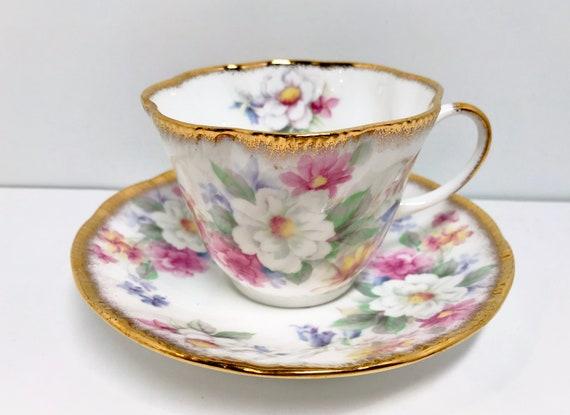 Queens Tea Cup and Saucer, Floral Teacups, English Charm Pattern, Vintage Tea Cups Antique, Vintage Teacups