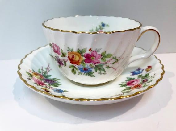 Minton Marlow Teacup and Saucer, Marlow by Minton, Antique Teacups Vintage, Tea Cups Vintage, Floral Minton, Minton China, Globe Backstamp
