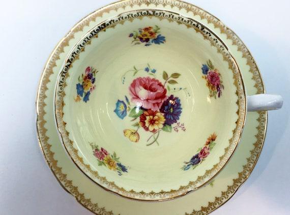 Royal Grafton Teacup and Saucer, Antique Teacups Vintage, Yellow Floral Teacups, Teatime, Floral Tea Cups Vintage