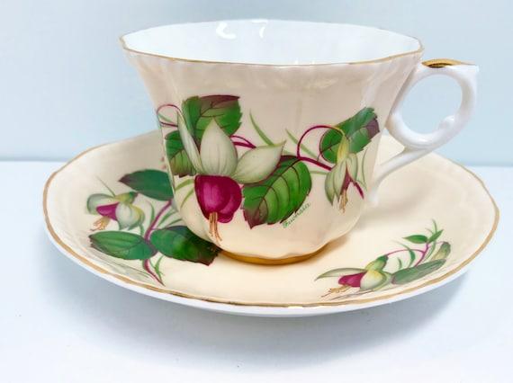 Royal Grafton Teacup and Saucer, Fuchsia Teacup, Floral Tea Cups, Vintage Tea Cups, English Teacups, Antique Tea Cups Vintage