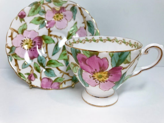 Hand Painted Tuscan Tea Cup and Saucer, Antique Tea Cups, English Bone China Cups, Tea Party, Tea Cups Vintage, Pink Floral Tea Cup